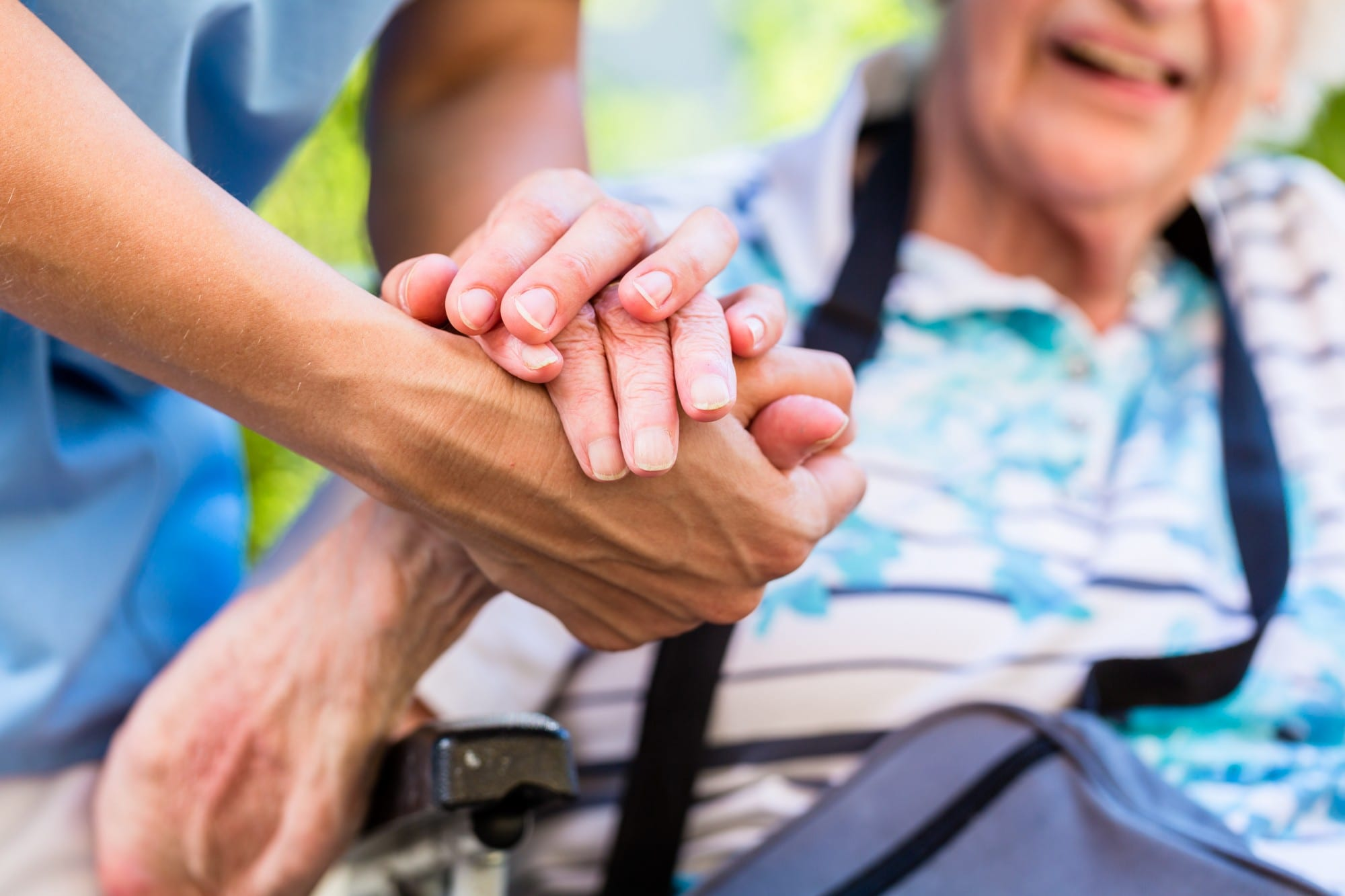8 Things to Look for in a Great Senior Assisted Living Community